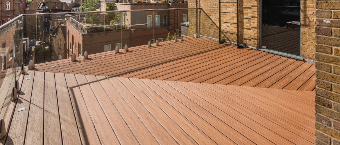 Decked roof terrace and glazed balustrade for office refurbishment